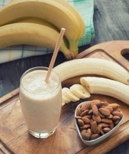 Almond Banana Shake